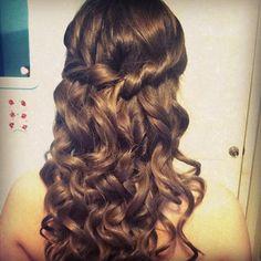 prom hair, curly half do