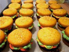 Pardon My Crumbs: The Perfect BBQ Dessert: Cupcake Burgers!