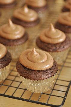 Nutella Cupcakes by #yourcupofcake yourhomebasedmom.com, #cupcakes #nutella #dessert