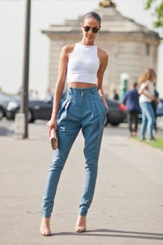 street fashion, fashion styles, outfit, street styles, street style fashion, mom jeans, joan smalls, street chic, crop top