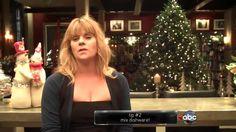 Castle - Episode 5.09 - Secret Santa - Featurette - Decoration Tips