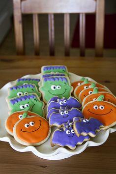 Halloween Cookie Recipe | Pumpkin Bat Frankenstein | via tell love chocolate