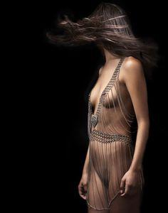 body art jewelry, Cleo Patra  - ✯ www.pinterest.com/WhoLoves/Body-Art ✯ #BodyArt