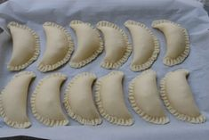 How to make empanada dough for frying