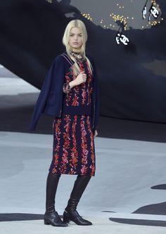 Chanel 2013-2014.Estampados llamativos,mezclados con colores neutros.