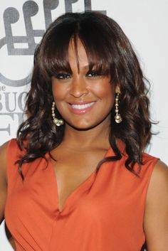 Laila Ali sported chic, shoulder-length waves with eyebrow-grazing bangs at the 27th Annual Great Sports Legends Dinner at in New York City.