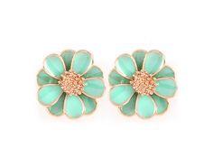 Flower Earrings in Mint