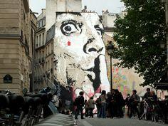 Place Stravinsky : CHUUUTTT !!! de Jef Aérosol