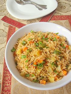 When pressed for time, I tend to go the one pot meal way. Semiya Biryani is a delightful one pot light meal, fragrant with aromatic spices and loaded with vegetables. Use whole wheat vermicelli and you have some wholesome goodness on your dinner plate.