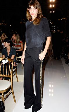 Lou Doillon in a tee & wide leg trousers #style #fashion