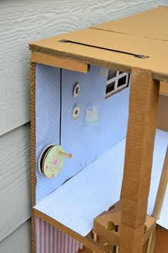 ikat bag: Cardboard Barbie House -how the elevator works