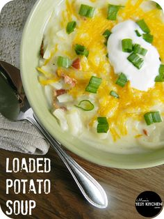 Loaded Potato Soup | www.momstestkitchen.com | #OreIdaHashbrn #shop #cbias