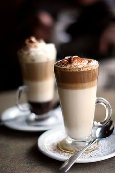 !? Coffee that nearly looks too good to drink....But who am I kidding?? - #Coffee #Yum #Drinks #Dessert