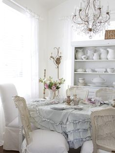 Simple Hosting - Shabby Chic Essentials: Vintage China and Table Settings on HGTV