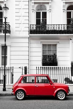 Original Mini Cooper - Saw one of these at the coast. Fell in LOVE! Oh, all the cute little old cars are such death traps and I hate it!