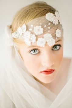 Tulle and flower veil | Photo by Tyme Photography | Read more - http://www.100layercake.com/blog/?p=77288 #bridal #veil #wedding