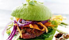 Opskrift: Avocadoburger med spicy oksebøf | I FORM