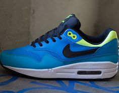 Nike Air Max 1 GS – Blue Hero / Black – Volt – Current Blue