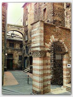 Medieval architecture, Perugia, Italy