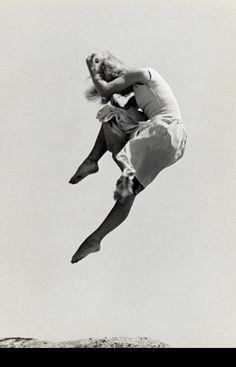 Ellen Auerbach.