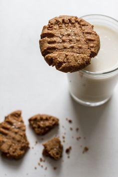 flourless maple cinnamon almond butter cookies | edibleperspective.com #vegan #glutenfree #grainfree