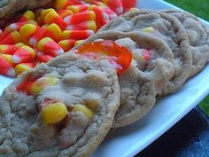 Candy Corn White Chocolate Chip Cookies.  Ohhhh....