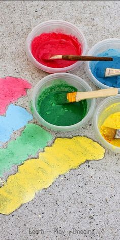 NEW two ingredient recipe for sidewalk chalk paint.  This cornstarch free recipe dries in vivid shades and only calls for two ingredients.  (One of them is water.)