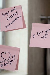 Love Notes on Mirror and 99 other ways to show your sweetie he's on your mind. Love how simple most of these are!  Great way to keep things wonderful between date nights!