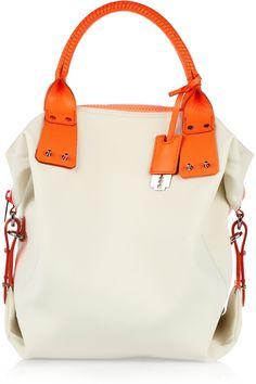 OMG I WANT THIS BAG!