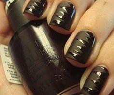 Shredded shine on matte nails