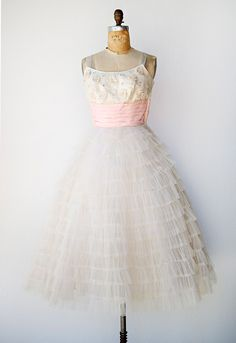 VINTAGE 1950S WHITE AND PINK TULLE PROM DRESS | Spring Betrothal Dress