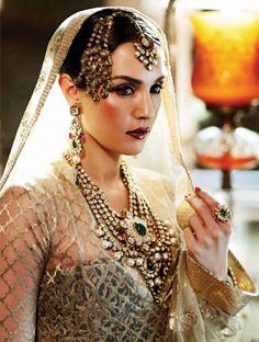 SahebaRani #lengha #bridal #jewelry