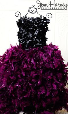 Purple feathers & black hydrangea