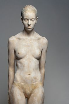 Tania - Amazing human sculpture made from wood by artist Bruno Walpoth