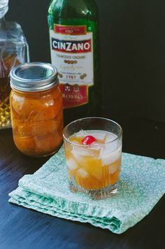 Honey-Roasted Apricot Manhattans | soletshangout.com
