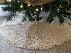 simply chic treasures: My Ruffled Tree Skirt