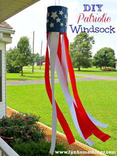 DIY Patriotic Windsock --Fun Home Things #4thofjuly #patriotic