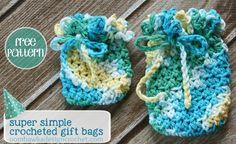 Free Crochet Pattern - Super Simple Crocheted Gift Bags #crochet #freepattern #giftbag