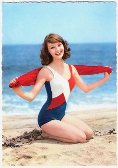 Such an absolutely beautiful girl-next-door vibe! #vintage #beach #summer #swimsuit #model #1960s