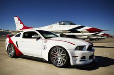 2014 Ford Mustang GT USAF Thunderbirds Edition front side view Photo