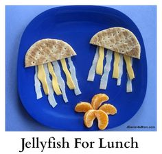 Sandwich Thins made a perfect umbrella for a jellyfish.