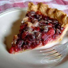 Cranberry Walnut Chocolate Pie | Made Just Right by Earth Balance #vegan #earthbalance #recipe