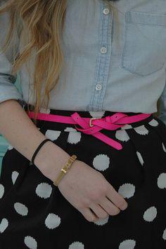 Love how she ties her belt!