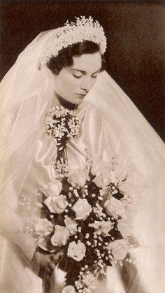 Prince Henry, Duke of Gloucester´s bride, Alice Montagu Douglas Scott. 1935