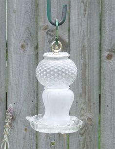 glass-totem-birdfeeder