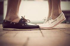romanc, kiss, white shoes, engagement pictures, engagement photos, boat shoes, engagement pics, deck, sailor