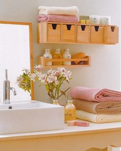 31 Creative Storage Ideas for Small Bathrooms - some creative ideas how to organize your storage in a small bathroom. The cool thing about all of them that they mostly are very budget-friendly. You can find narrow shelves and drawers, glass and open shelves, organized storage niches, hooks, towel holders, under sink shelves, and so on.    I LOVE THIS BATHROOM DESIGN