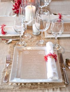 destination table perfection for a wedding by the sea with coral decor and natural textures on table. Design by Lisa Vorce and Mindy Rice. Photography by: Aaron Delesie At Bonder & Co we love this!