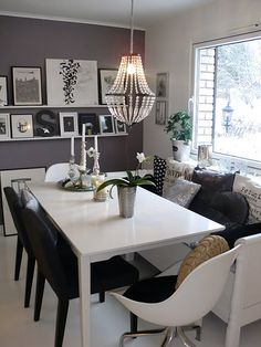 Cosy dinner table