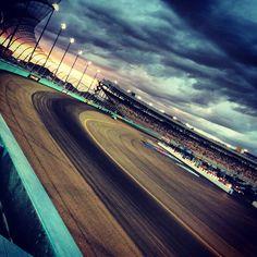 Phoenix international raceway. GREAT photo :)